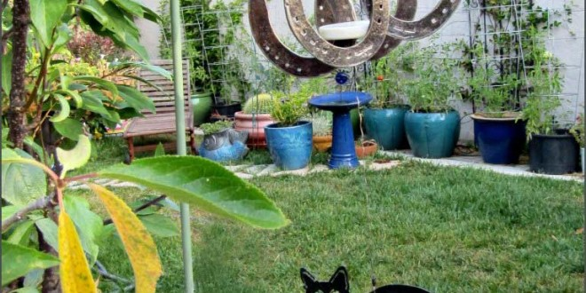 Cat and Horseshoe Wind Chime
